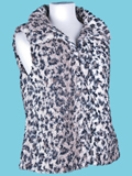 [True Grit Women's Cheetah Hook Vest]