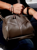 [Victoria Leather Droplet Handbag]